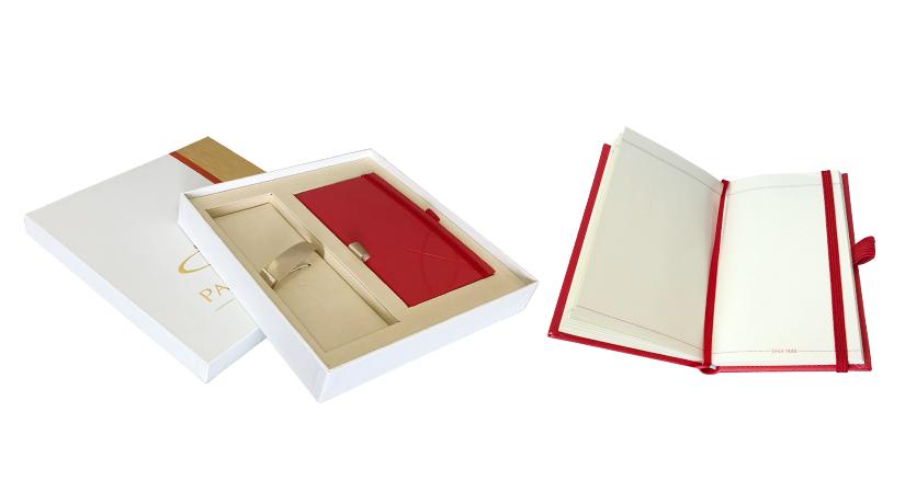 Parker Box s červeným zápisníkem